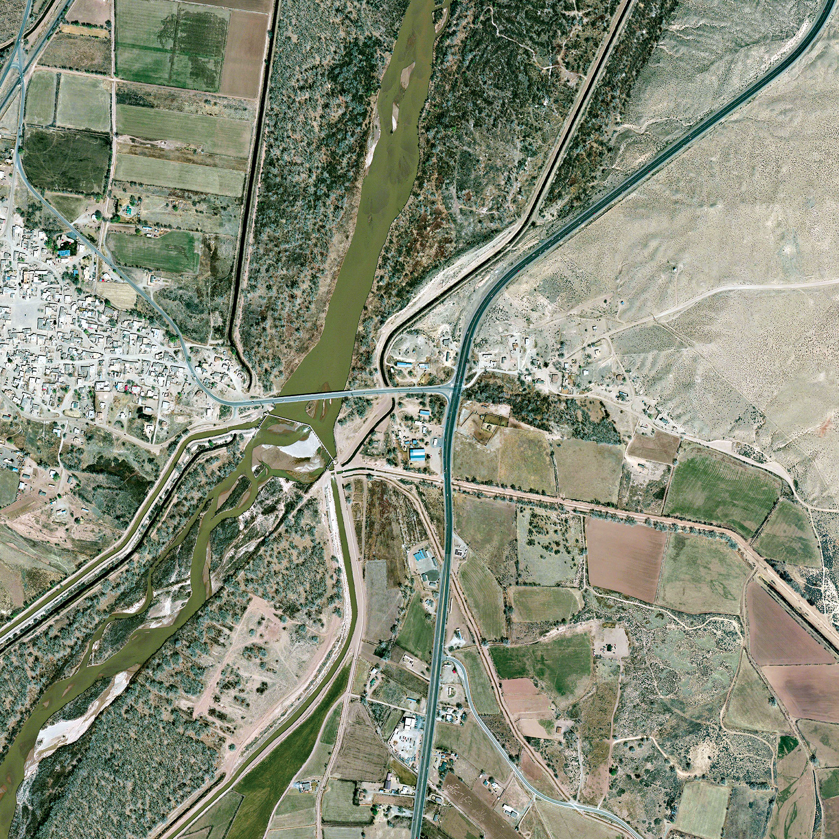 An aerial view of a section of the Rio Grande that could benefit from the recent water release. Daily Overview/Satellite images 2016, DigitalGlobe, Inc.
