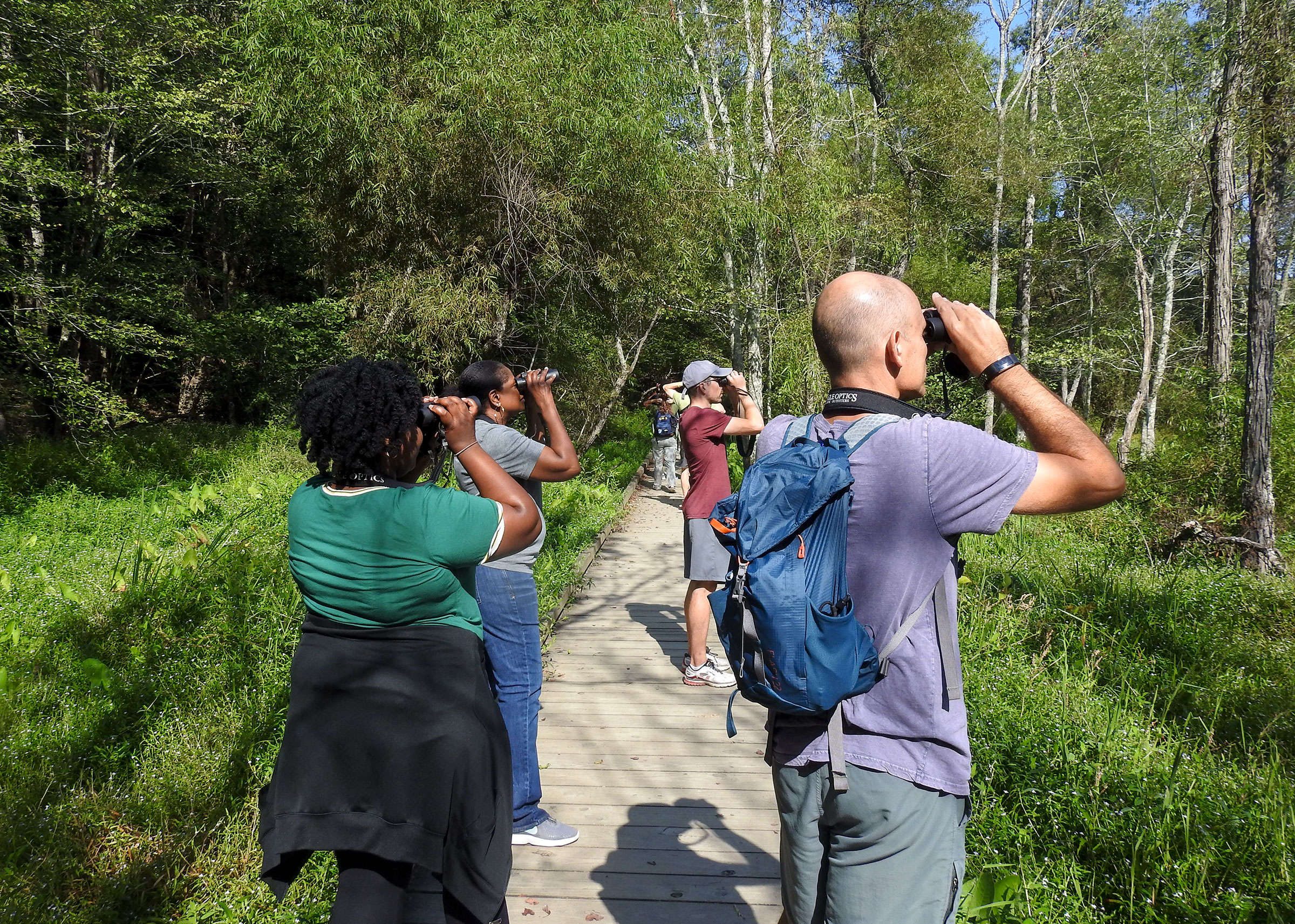 Birding in the Cochran Shoals unit of the Chattahoochee River National Recreation Area in Atlanta. Dottie Head/Georgia Audubon