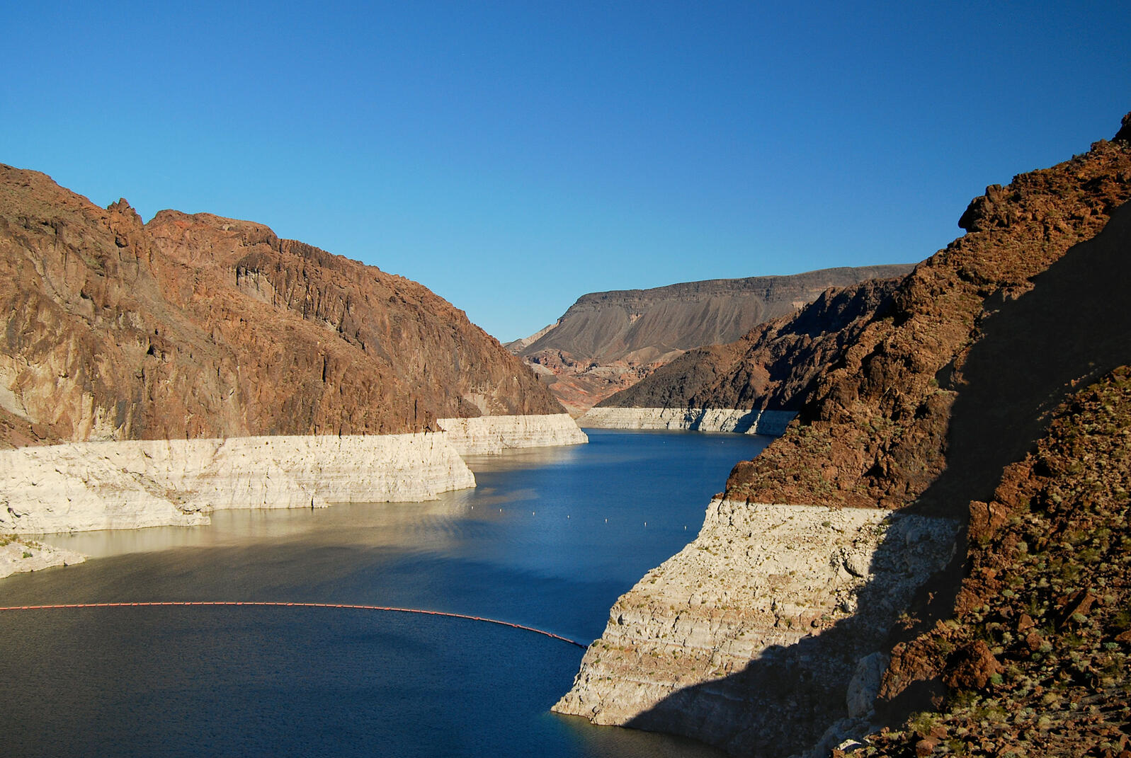 """Lake Mead. <a href=""""https://www.flickr.com/photos/dougbutchy/5206728636/"""">Doug Butchy</a>/Flickr (CC BY-NC-ND 2.0)"""