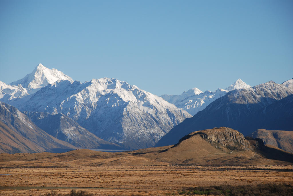The small knoll in the front right of the photo is Mount Sunday, which was transformed into Mount Edoras for the Lord of the Rings. Credit: Phillip Capper, Flickr Creative Commons