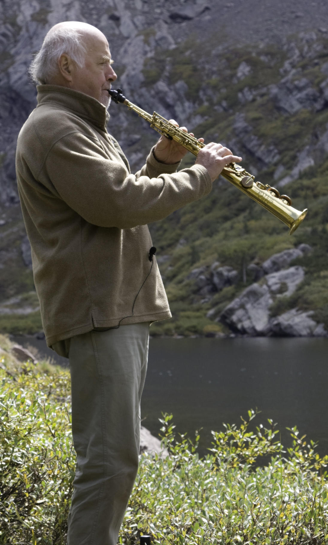 Listen to music from Flyways Bill Ellzey