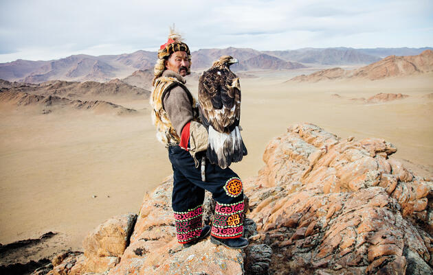There's an Ancient Bond Between Mongolia's Hunters and Golden Eagles