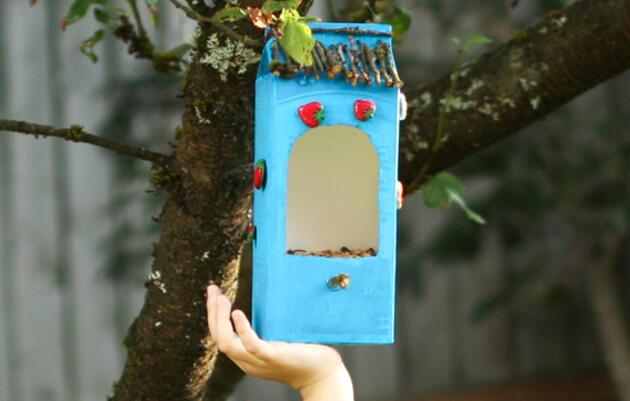 Hacer un comedero para aves con materiales reciclados