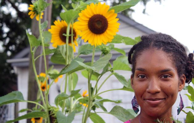 Jenga Mwendo is greening a little corner of her hometown. Lizzy Cooper-Davis