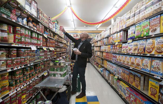 There are plenty of healthy, environmentally friendly items in a normal grocery store—you just have to know how to shop. Credit: Karsten Moran/The New York Times