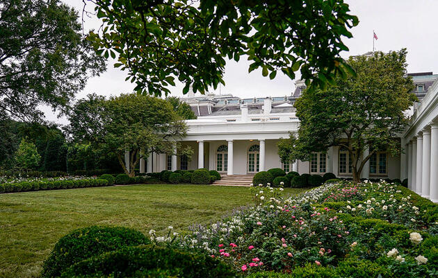 Forget the Roses, Give the White House a Native Plant Garden