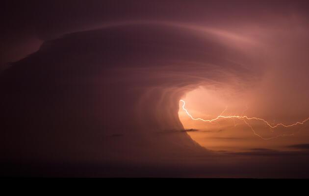 A supercell outside McCook, Nebraska, June 19, 2011. Mike Hollingshead