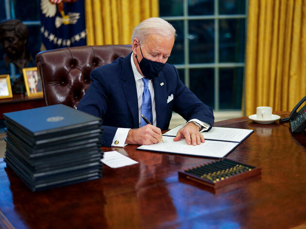 Biden Wields His Pen on Day One to Reverse Trump's Environmental Rollbacks