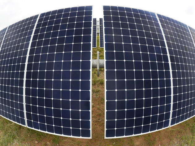 What's Wrong With Apple's Solar Plans?