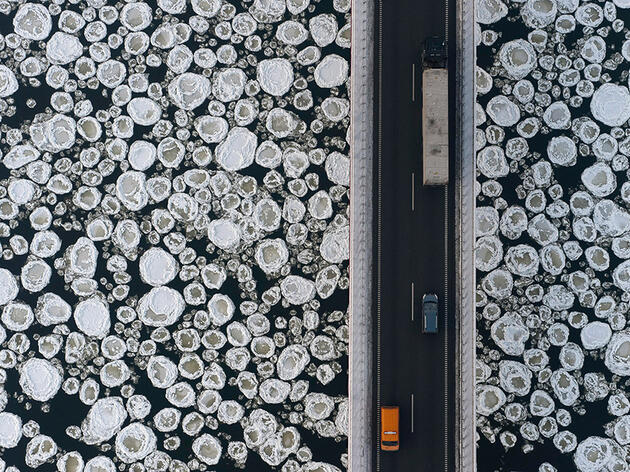 Ice-covered Vistula River near the village of Kiezmark, Poland, during winter. Kacper Kowalski/Panos