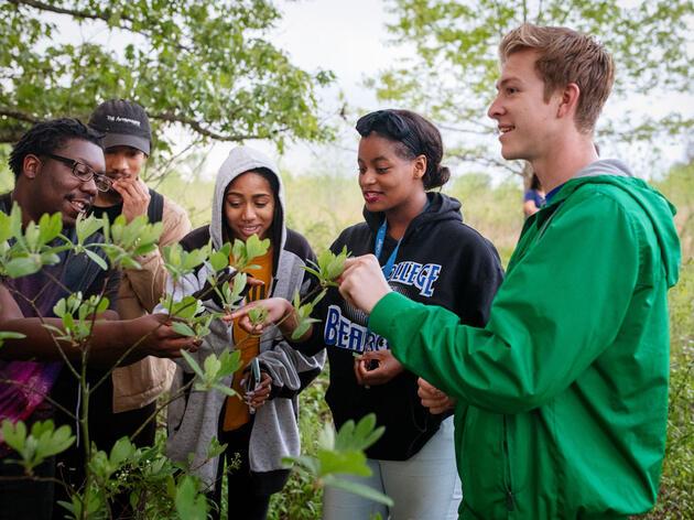 Students of Rust College visit Strawberry Plains Audubon Center in Mississippi. Mike Fernandez/Audubon