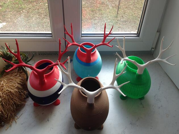 Birdfeeders Join the 3-D Printing Craze