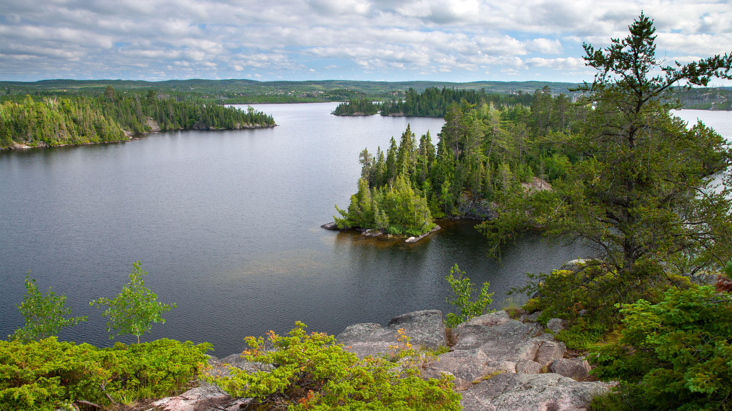 Boundary Waters Canoe Area Wilderness, Superior National Forest, Minnesota. Clint Farlinger/Alamy