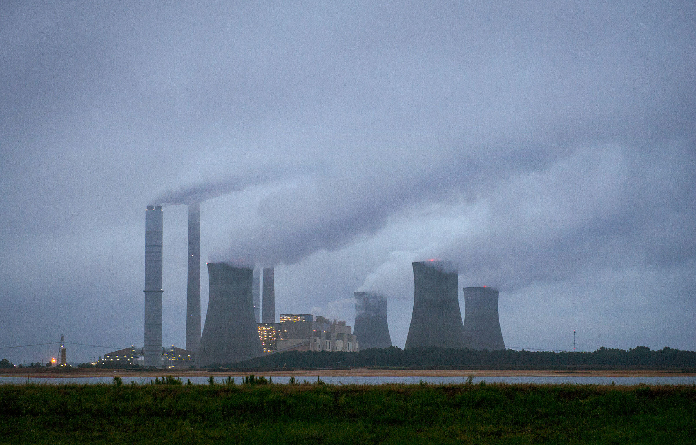 Robert W. Scherer Power Plant in Juliette, Georgia, one of the largest coal-fired power plants in the U.S. John Amis/AP