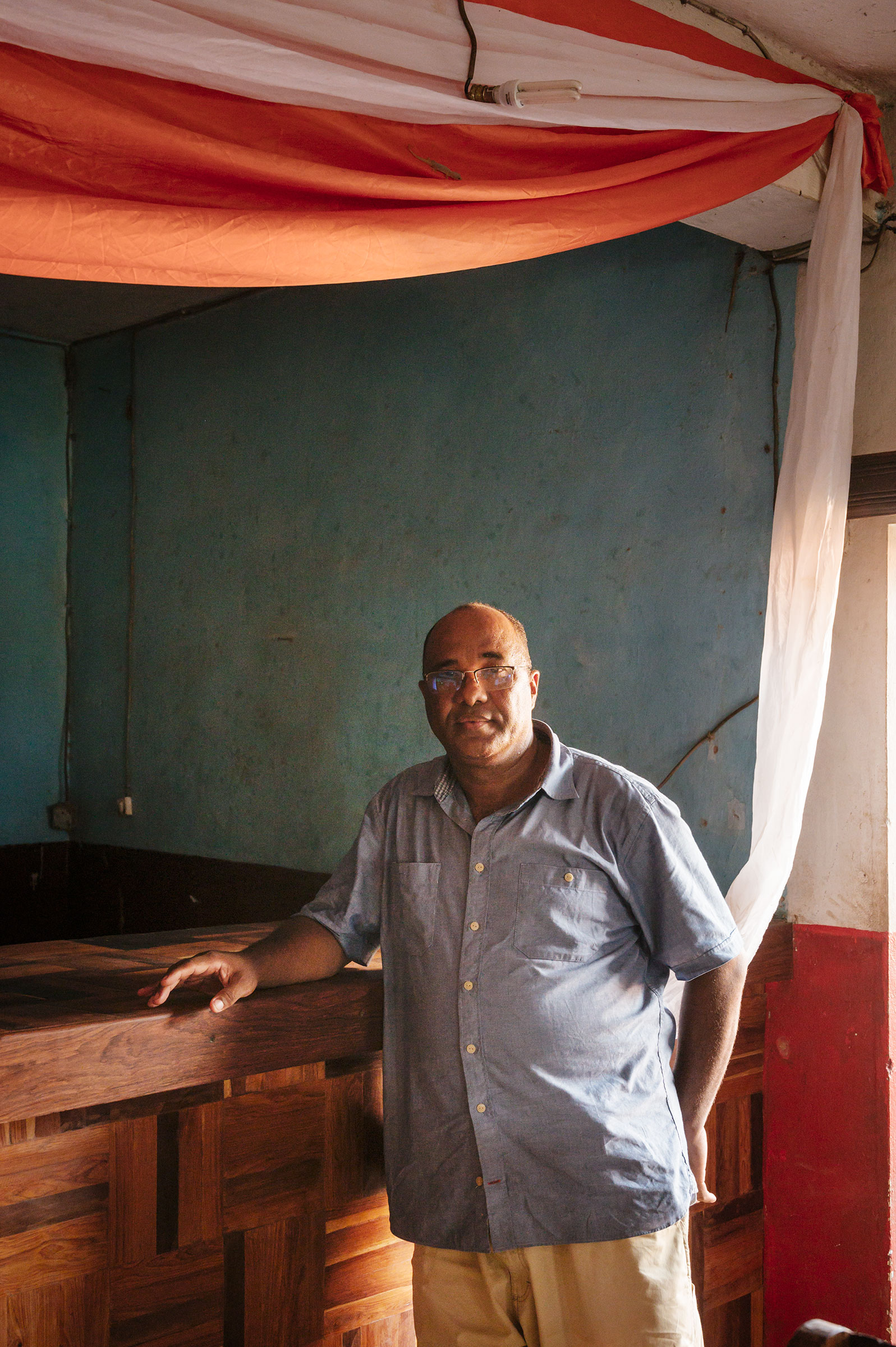 Réné de Roland Lily-Arison (Lily), the country director for the Peregrine Fund Madagascar, one of Madagascar's leading conservationists, and the man who rediscovered the thought-to-be-extinct Madagascar Pochard. Tristan Spinski