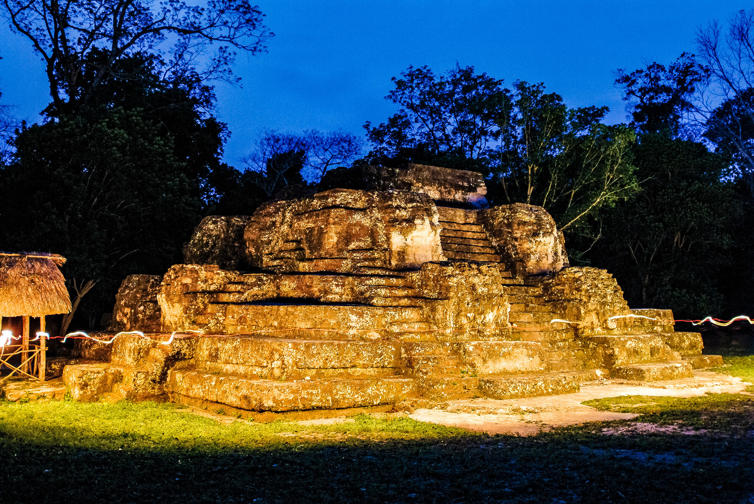 The Astronomical Observatory, Guatemala Uaxactun. Realy Easy Star/Alamy